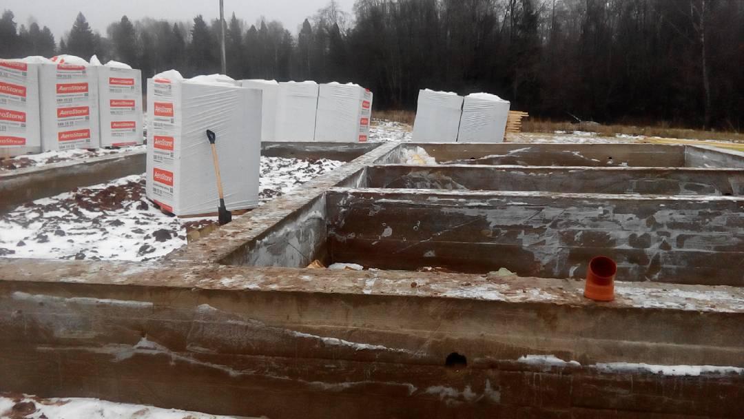 Фундамент под забор из профнастила цена в Химках