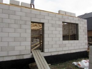 кладка стен из пеноблока 1